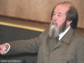 Alexander Solzhenitsyn Dead at 89