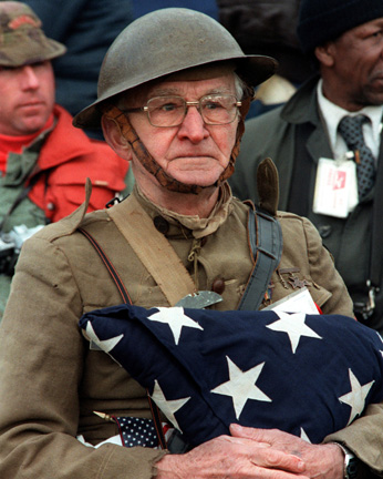 Memorial Day v. Veterans Day