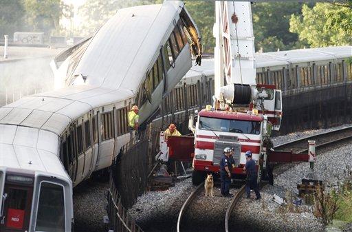 9 Dead in DC Metro Crash