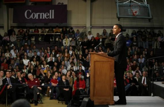 obama-at-cornell-college-570x371