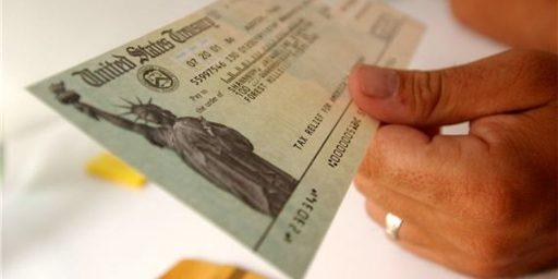Obama's Federal Pay Freeze Unpopular Among Progressives