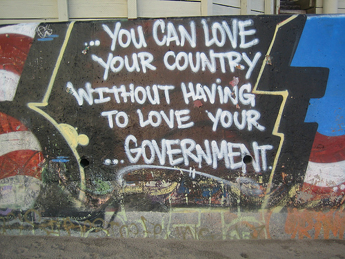 libertarian-love-country-not-government