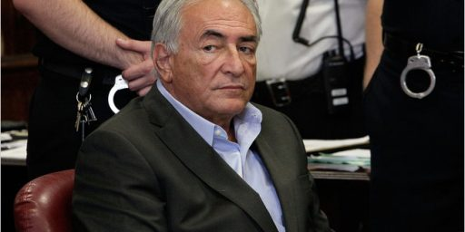 Report: New York Prosecutors To Drop Charges Against Strauss-Kahn