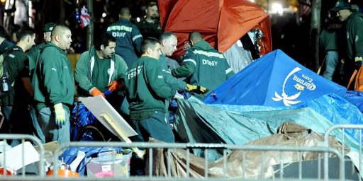 NYPD Clears Occupy Wall Street Campers From Zucotti Park