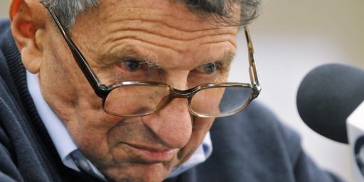"Penn State Investigation Into Sandusky Scandal Likely To Be ""Very Tough"" On Paterno"
