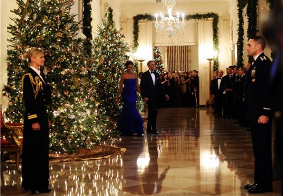 Obama Christmas.Obama Declares War On Christmas By Having Too Many Christmas