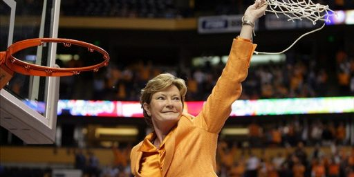 Pat Summitt Dead at 64