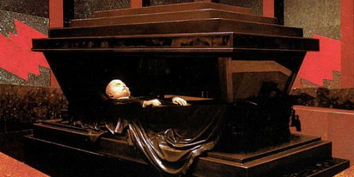 Russians Ready To Remove Lenin's Body From Mausoleum?