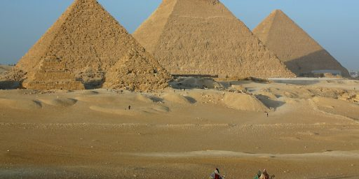 No, Egypt Isn't Going To Destroy The Pyramids