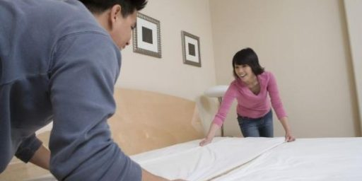Couples Who Share Housework More Likely to Divorce, Silly Study Finds