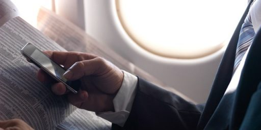FAA May End Stupid Electronic Device Restrictions