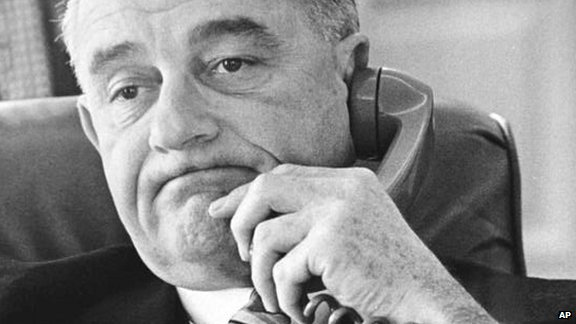 lyndon-johnson-phone