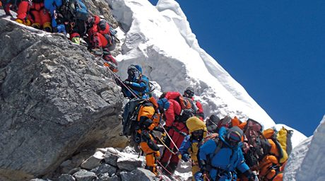 Mount Everest Crowded, Littered with Corpses