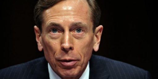 David Petraeus Given Slap on Wrist for Espionage Act Violation