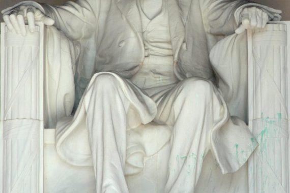 Lincoln Memorial Vandalized