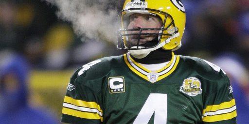 Brett Favre Turns Down Rams Effort To Recruit Him