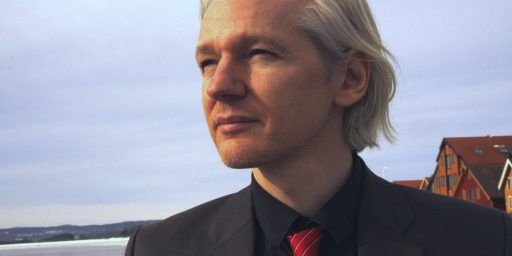 Report: Julian Assange Will Not Be Prosecuted In Connection With Manning Case