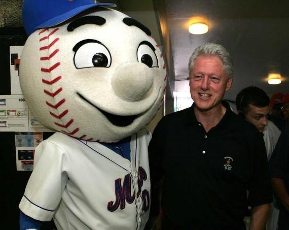 Mr Met Bill Clinton