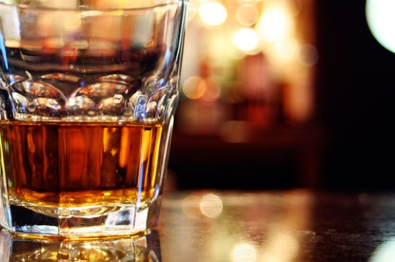 scotch-glass-bar-590