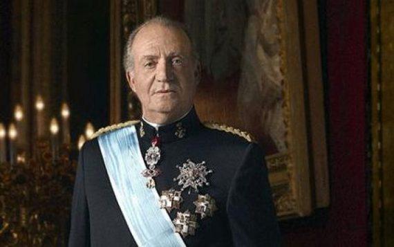 king-carlos-abdicates
