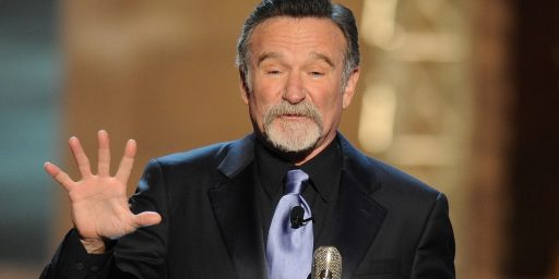 Billy Crystal Honors Robin Williams At The Emmys