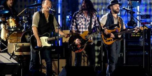 'Fortunate Son' At The Concert For Valor. Not 'Anti-Military,' But Completely Appropriate