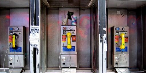 New York City Pay Phones To Become WiFi Hotspots