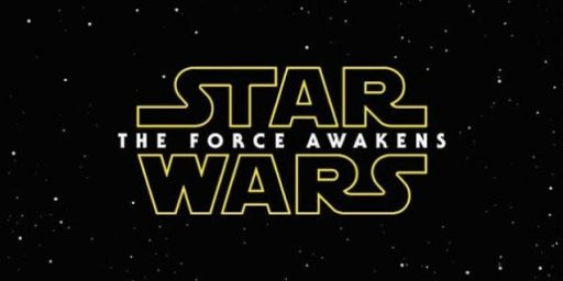 A Record Breaking Opening Weekend For <em>Star Wars: The Force Awakens</em>