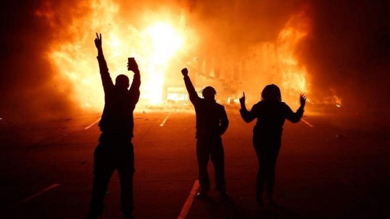 Ferguson Riot Fire 112414