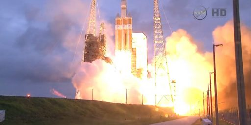 Orion, NASA's Next Generation Manned Space Vehicle, Has Successful First Test Flight