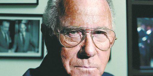 Arnaud de Borchgrave Dead at 88