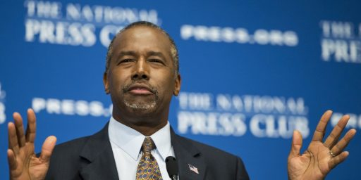 Ben Carson Stops Campaigning To Go On A Book Tour