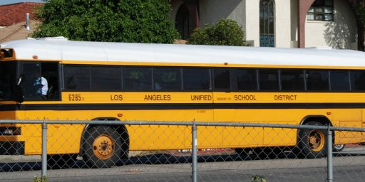 Los Angeles Public Schools Closed In Wake Of 'Unspecified Threats'