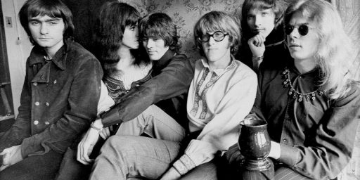 Paul Kantner, Co-Founder Of Jefferson Airplane, Dies At 74