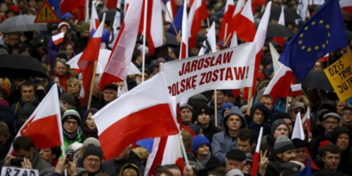 Poland's Right-Wing Government Purges Government Critics From Judiciary