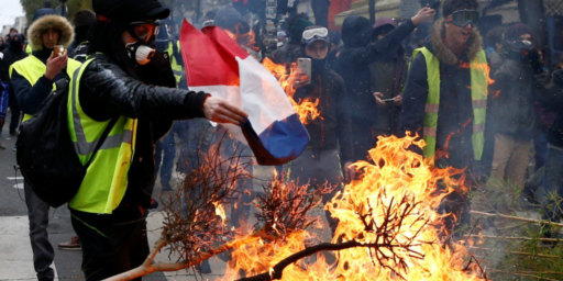 "France To Investigate Reports Of Russian Instigation In ""Yellow Vest"" Protests"