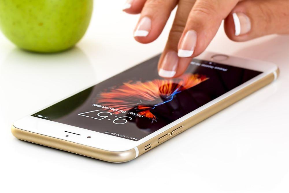 iphone smartphone finger