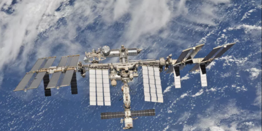 NASA And SpaceX To Offer Civilian Rides To International Space Station