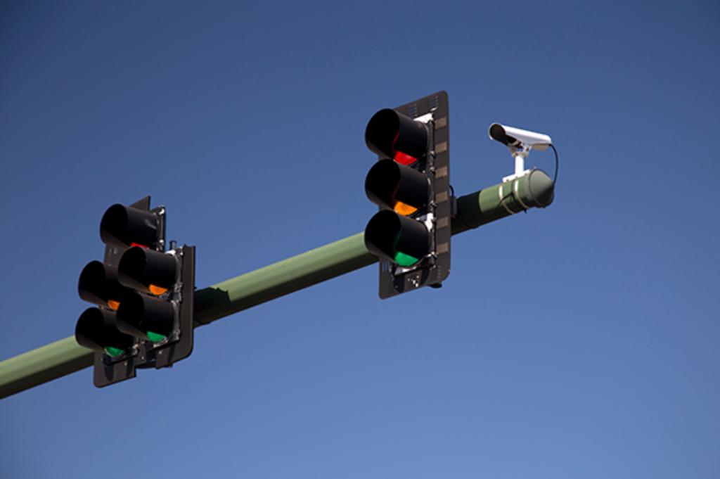 Texas Bans Red-Light Cameras